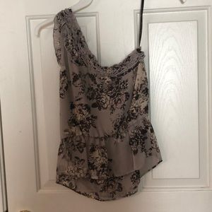 Size small one shoulder Jessica Simpson blouse